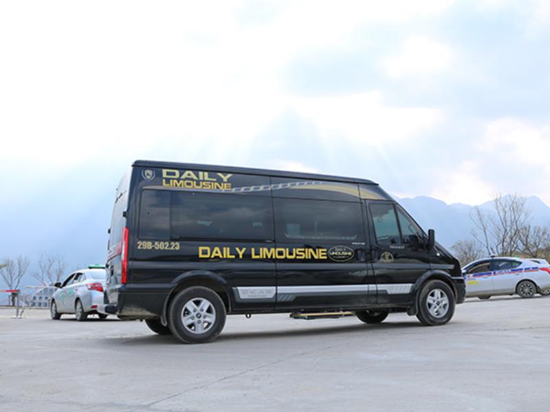 xe limousine cao cấp