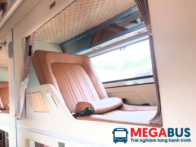 Xe đi Phong Nha - Nhà xe Hưng Long xe limousine phòng VIP
